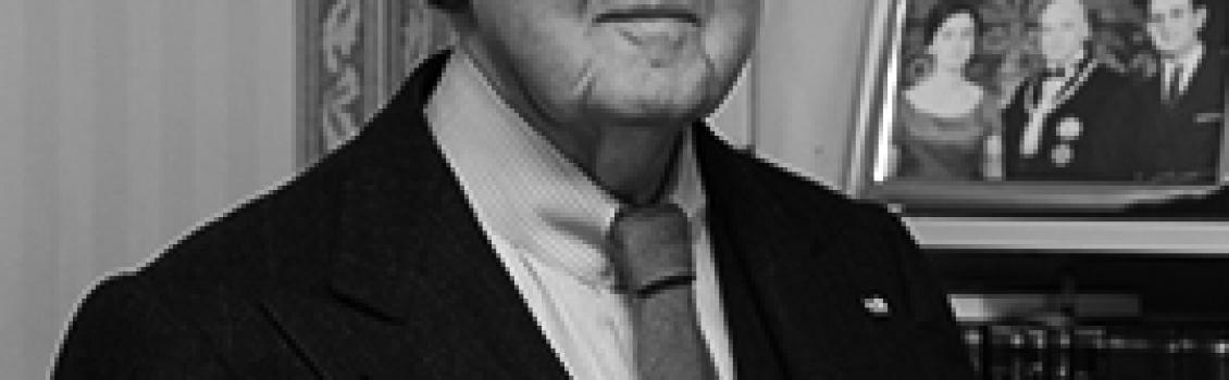 Sr. D. Alberto Elzaburu Márquez
