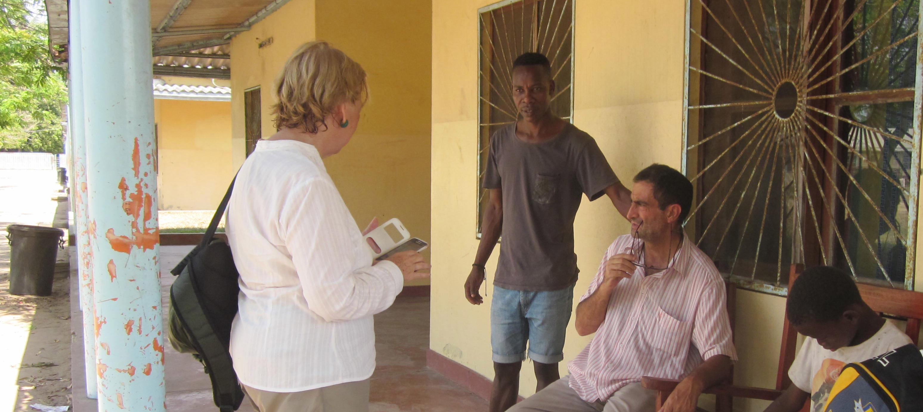 Carlos y Pedro, los padres con los que muchos niños jamás habrían soñado