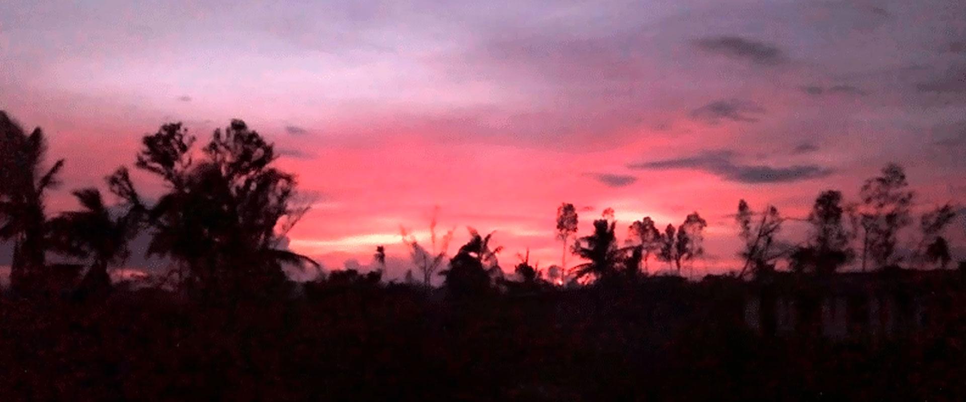 Anochecer del Viernes de Dolores en Beira