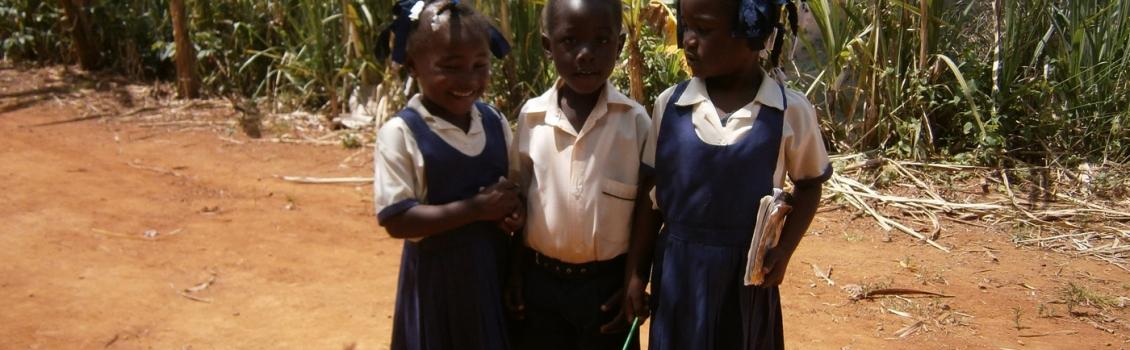 Haití, los pobres entre los más pobres, los Pequeños Hermanos de Santa Teresa del Niño Jesús